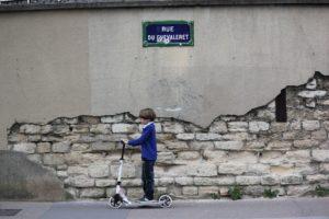 Garçon, Enfant, Mur, Trottinette, Paris