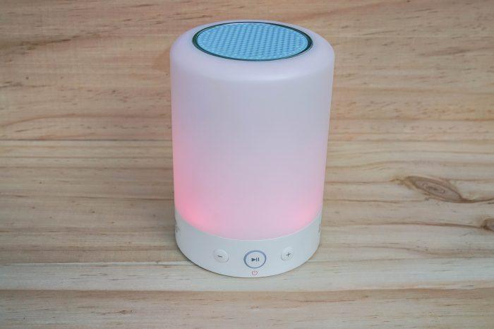 Idée de cadeau geek, lampe connectée